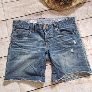 GAP 1969 boyfriend denim shorts 25/0